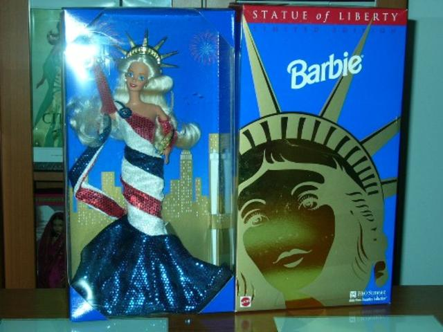 barbiestatueliberty_640x480.jpg